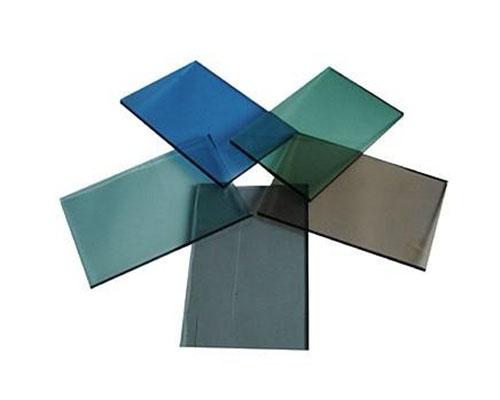 镀膜钢化玻璃的镀膜装置是的介绍